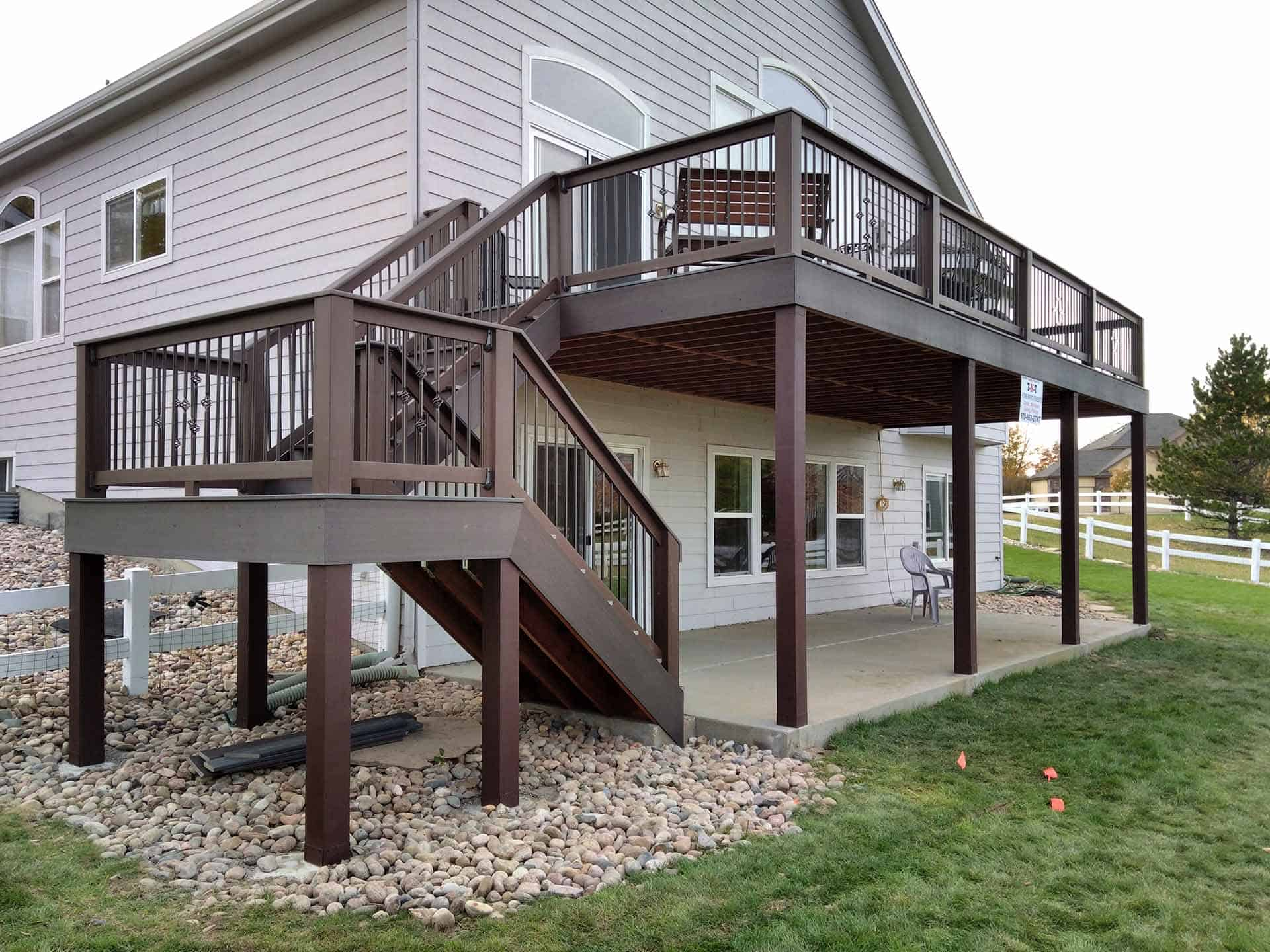 pic of a second story deck built in Fort Collins, CO