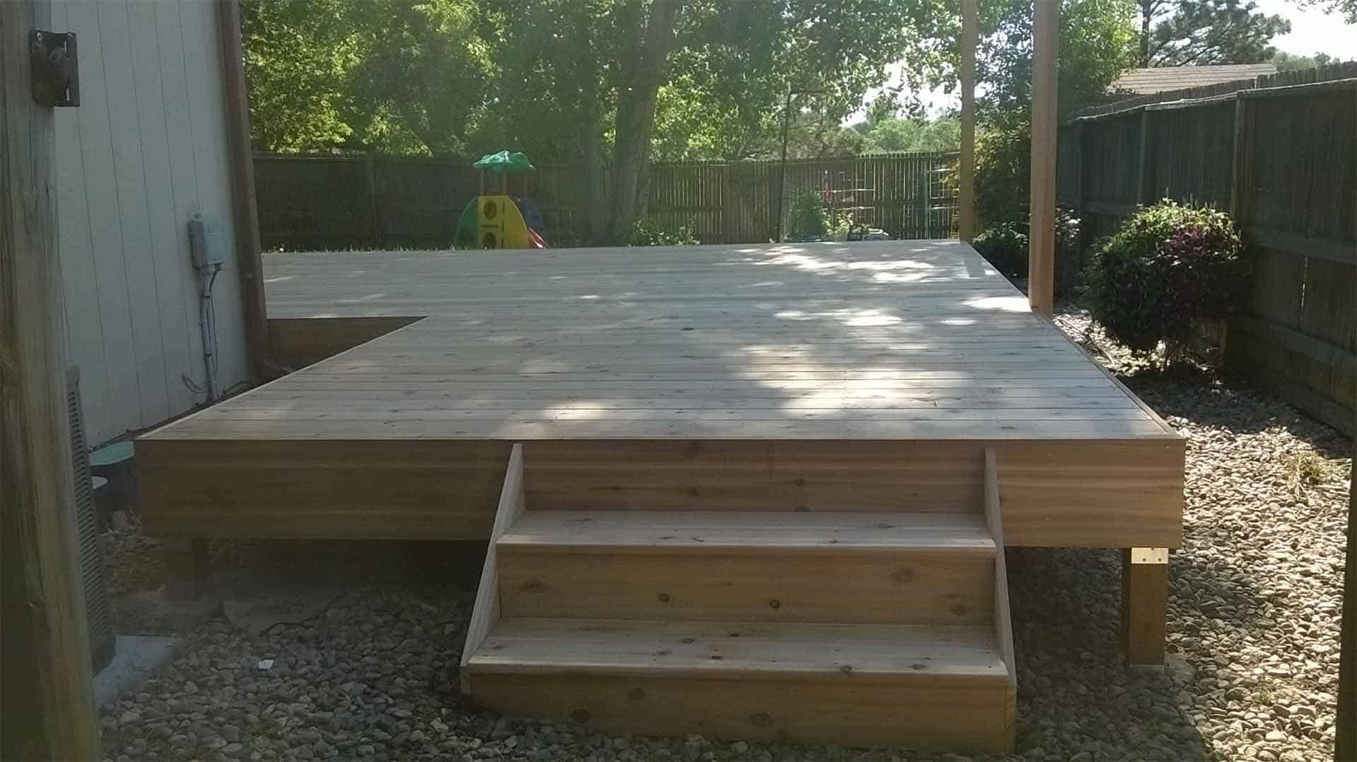 pic of a wood deck built in Fort Collins, CO