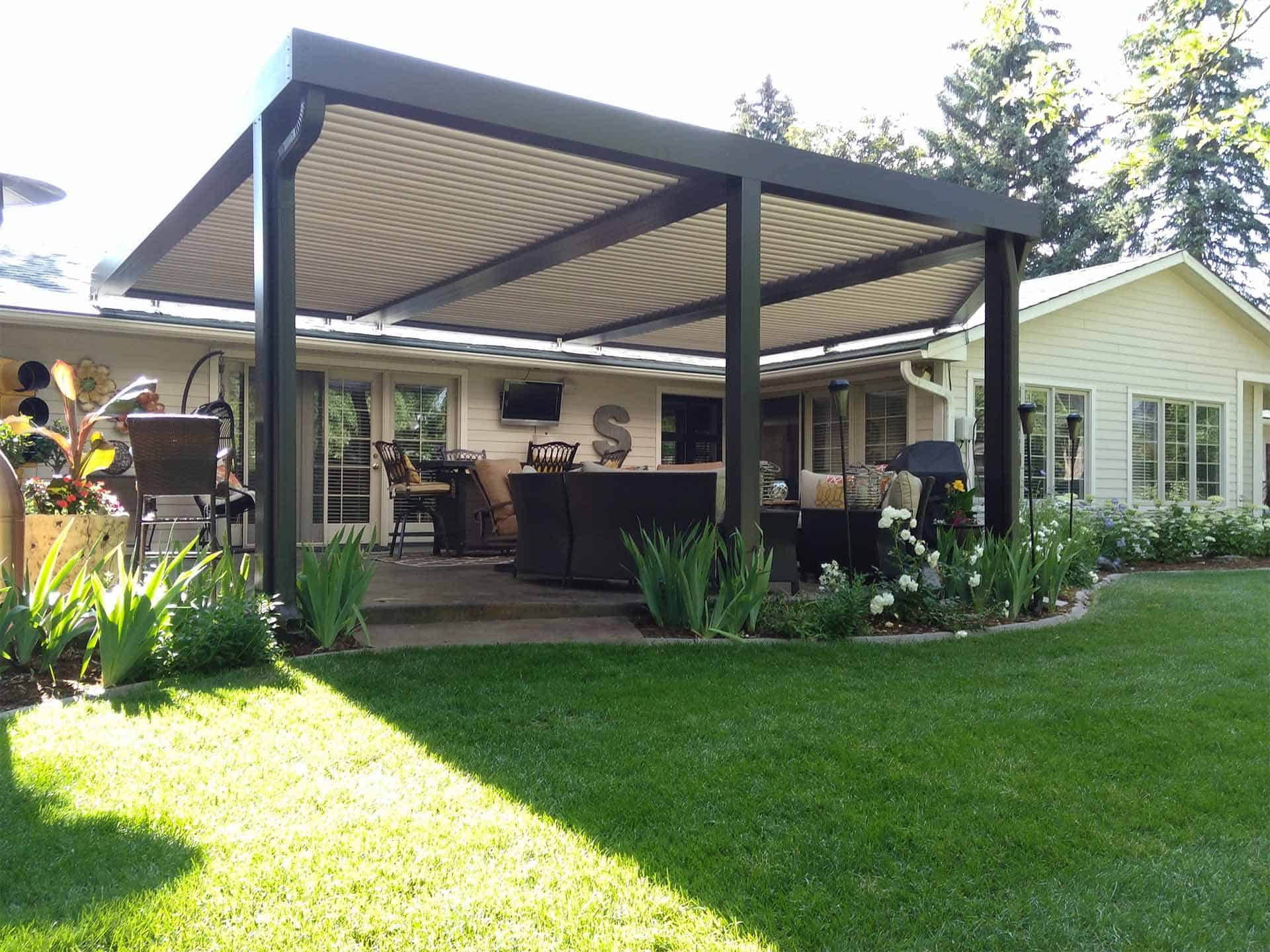 pic of a louvered pergola built in Fort Collins, CO