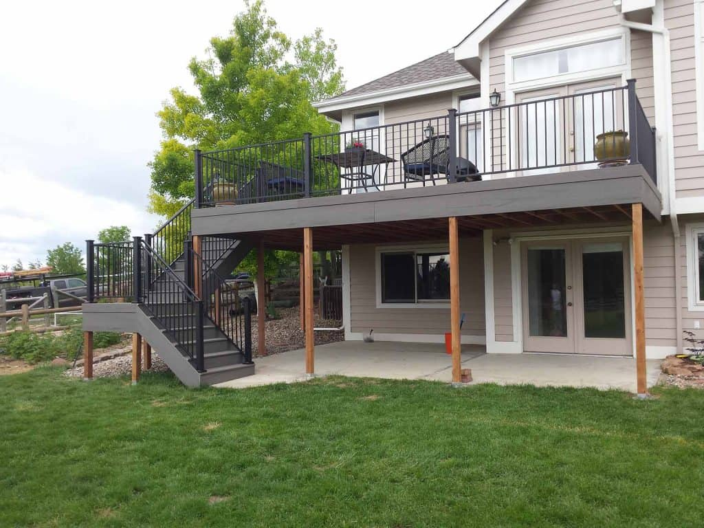 pic of a Composite deck built in fort collins, co